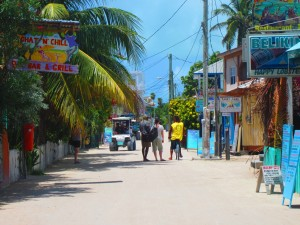 The famous sandy streets of Caye Caulker